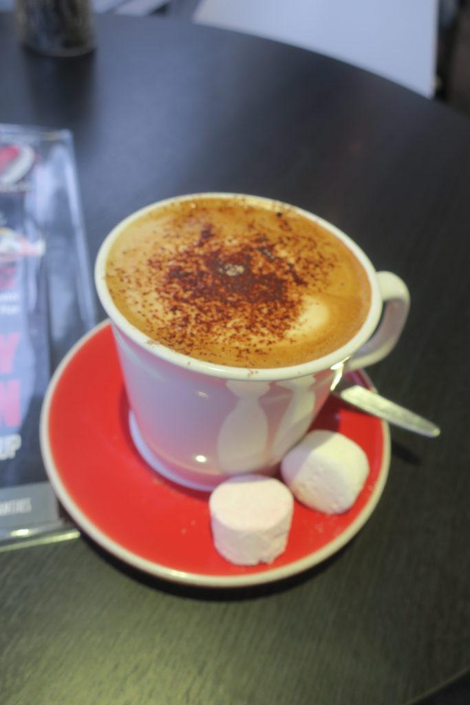 カフェのコーヒー